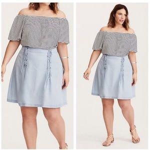 Torrid $49 blue denim lace-up mini skirt size 18